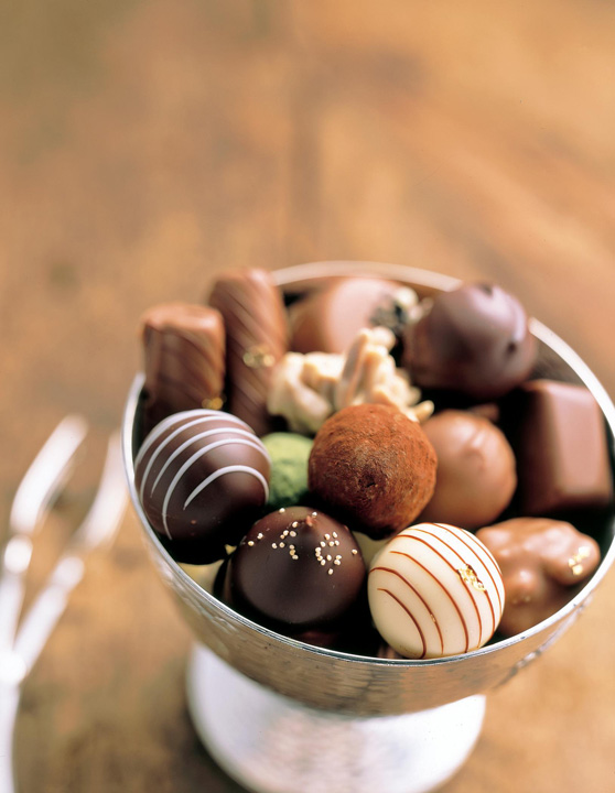Boxed Chocolate Macadamia Nuts
